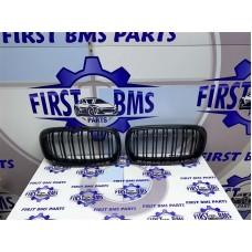 BMW X5 X6 F15 F16 GLOSS BLACK GRILLS
